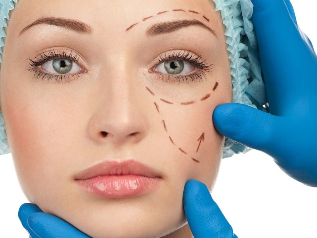 cirurgia plastica facial